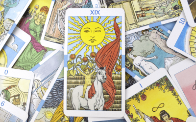 A Tarot Reading Course Can Help Connect to Every Day Life