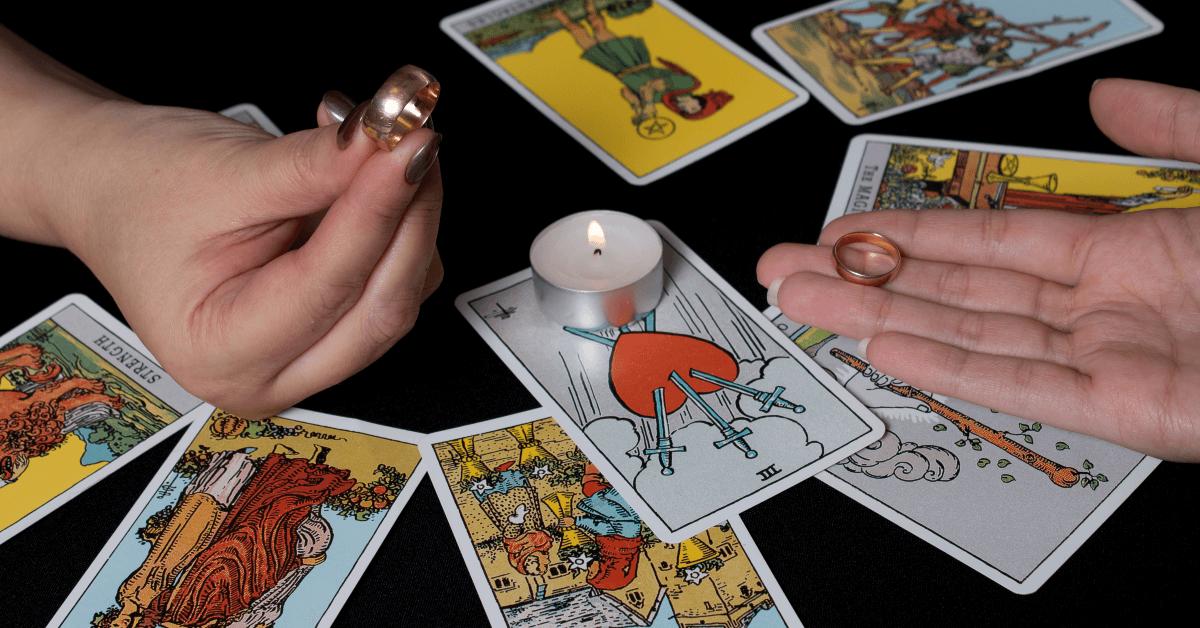 Tarot Card Reader near me